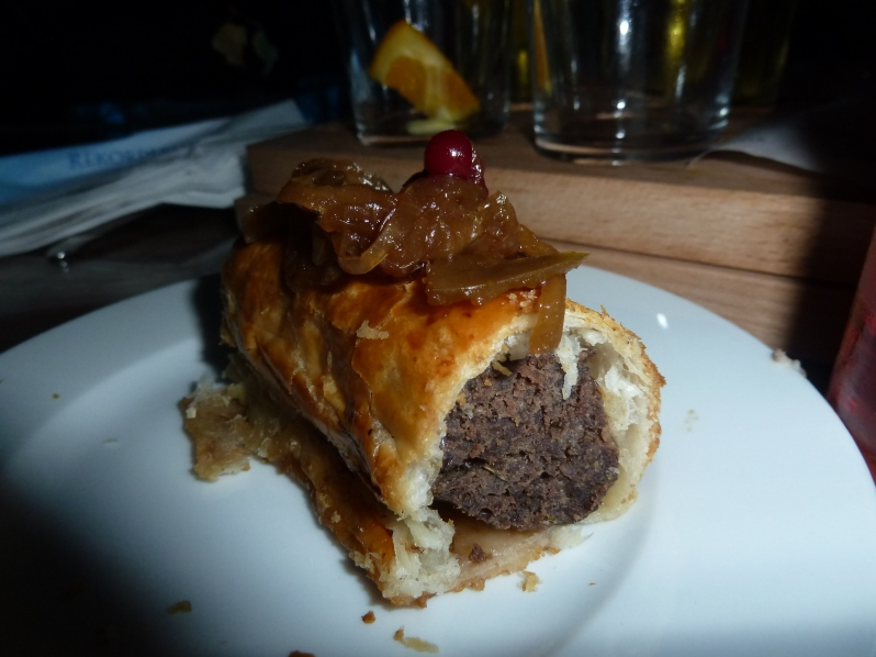 Elk sausage roll