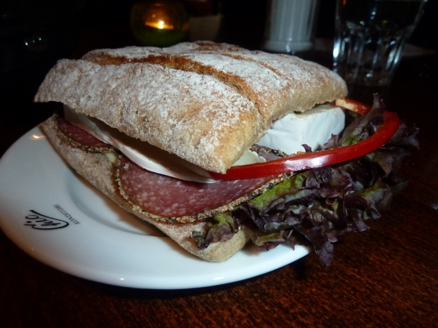 Salami and brie sandwich: dry and unmemorable