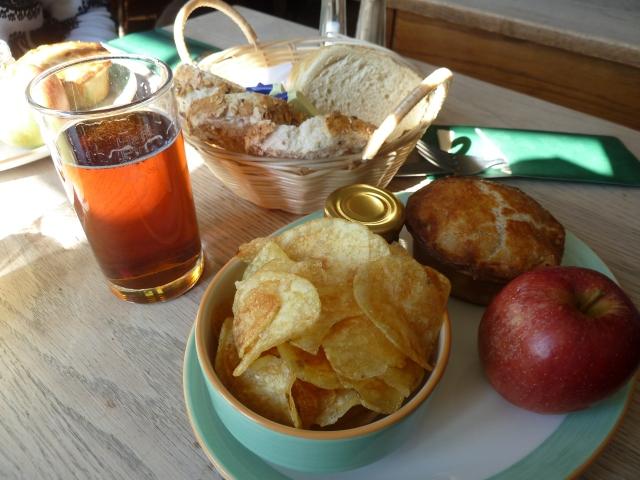 Pub grub - picnic-style lunch