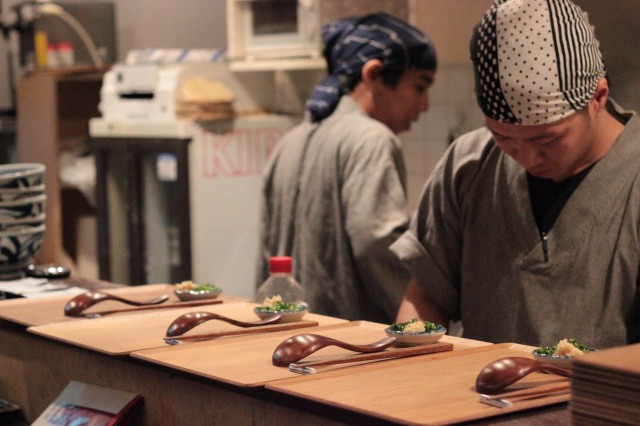 Prepping the udon for the customers
